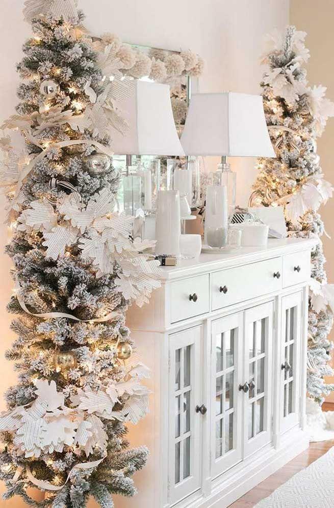 59 Christmas Home Decorating Ideas Holiday Home Decor Ideas Christmas Home Decor Christmas H Faux Christmas Trees Beautiful Christmas White Christmas Decor
