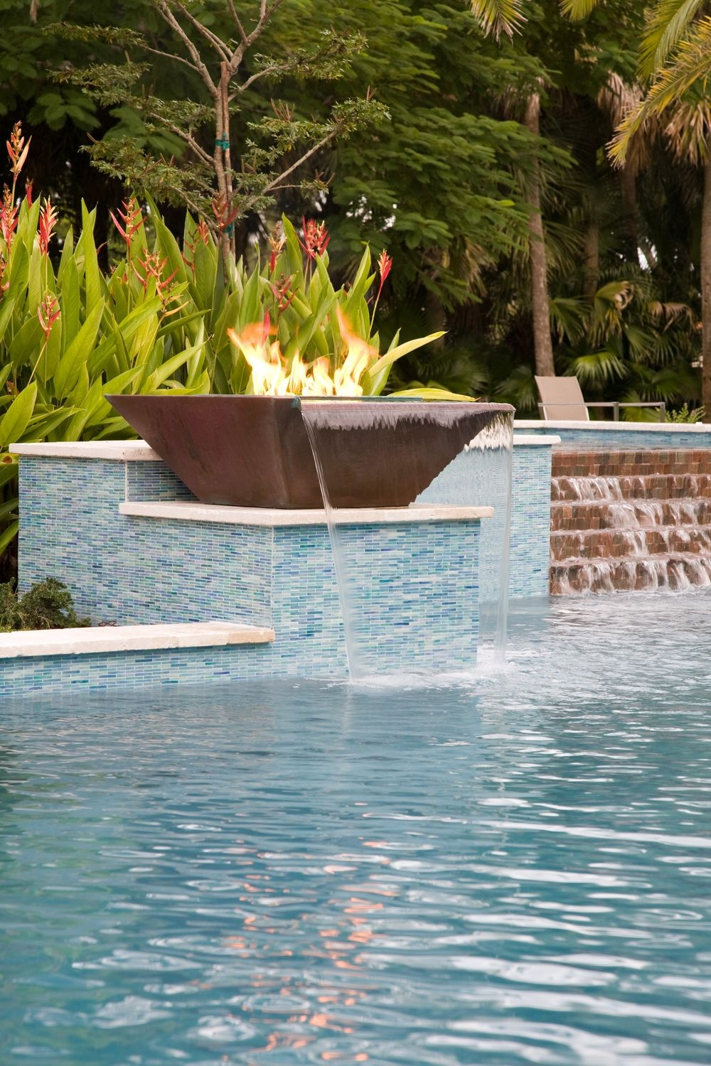 Seamless Lip Water Fire Pot Copper Pool Water Features Swimming Pool Water Backyard Oasis