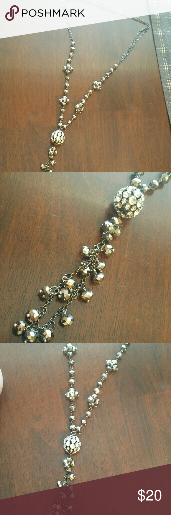 Long blingy necklace like new#makereasonableoffer Holiday Style Jewelry Necklaces