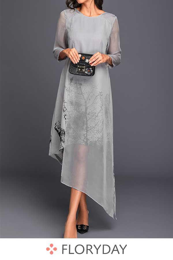Photo of Langes Kleid mit langen Ärmel und Blumenmuster