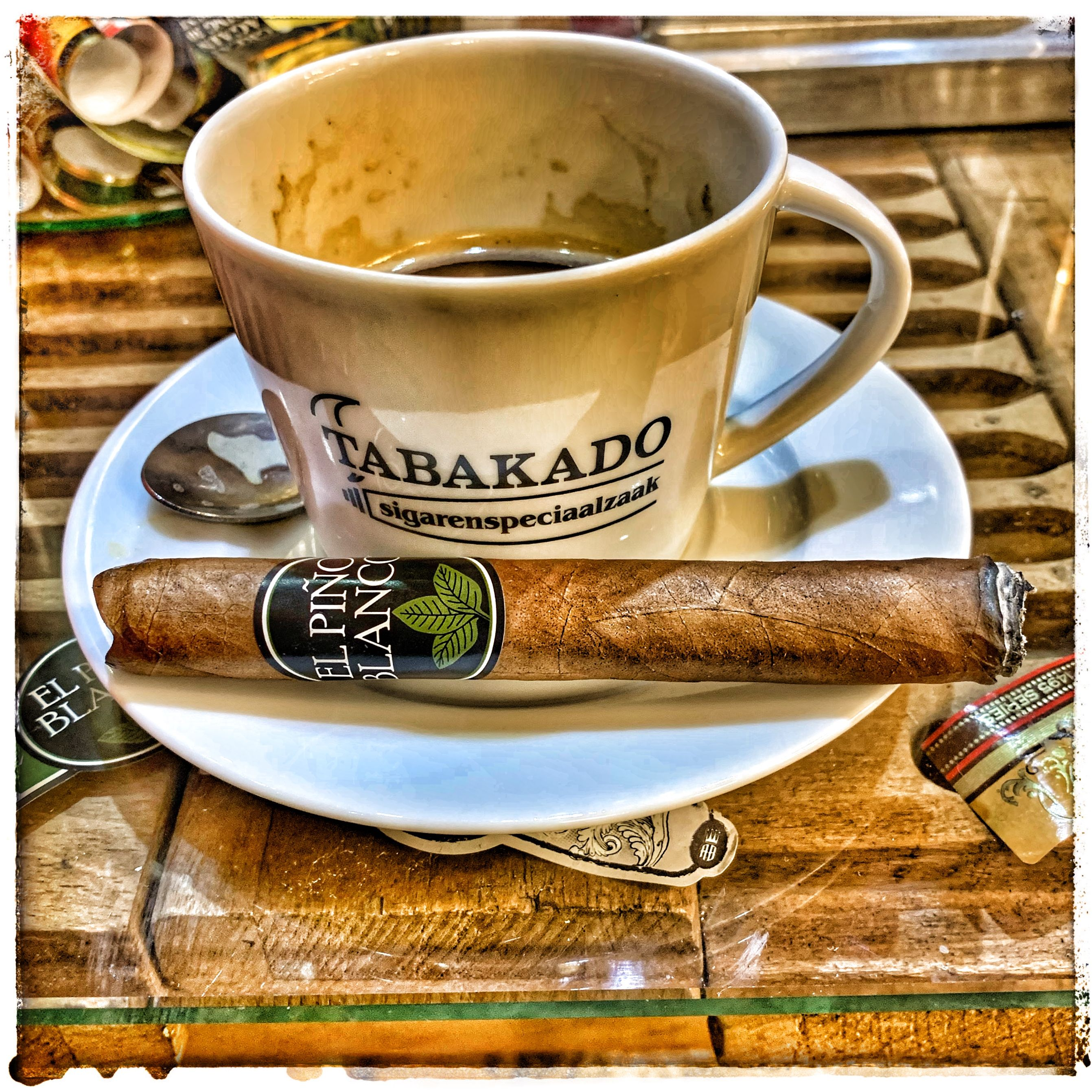 Pin by Mark Cheese on Mi Fumar Good cigars, Coffee time
