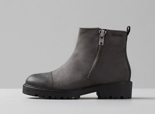 Vagabond KENOVA. Embrace the cold with these warm lined