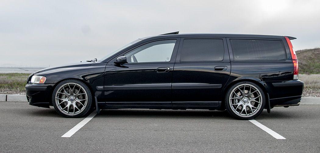 Beautiful V70r On Vanilla Performance Wheels Volvo Wagon Volvo V70r Volvo Cars