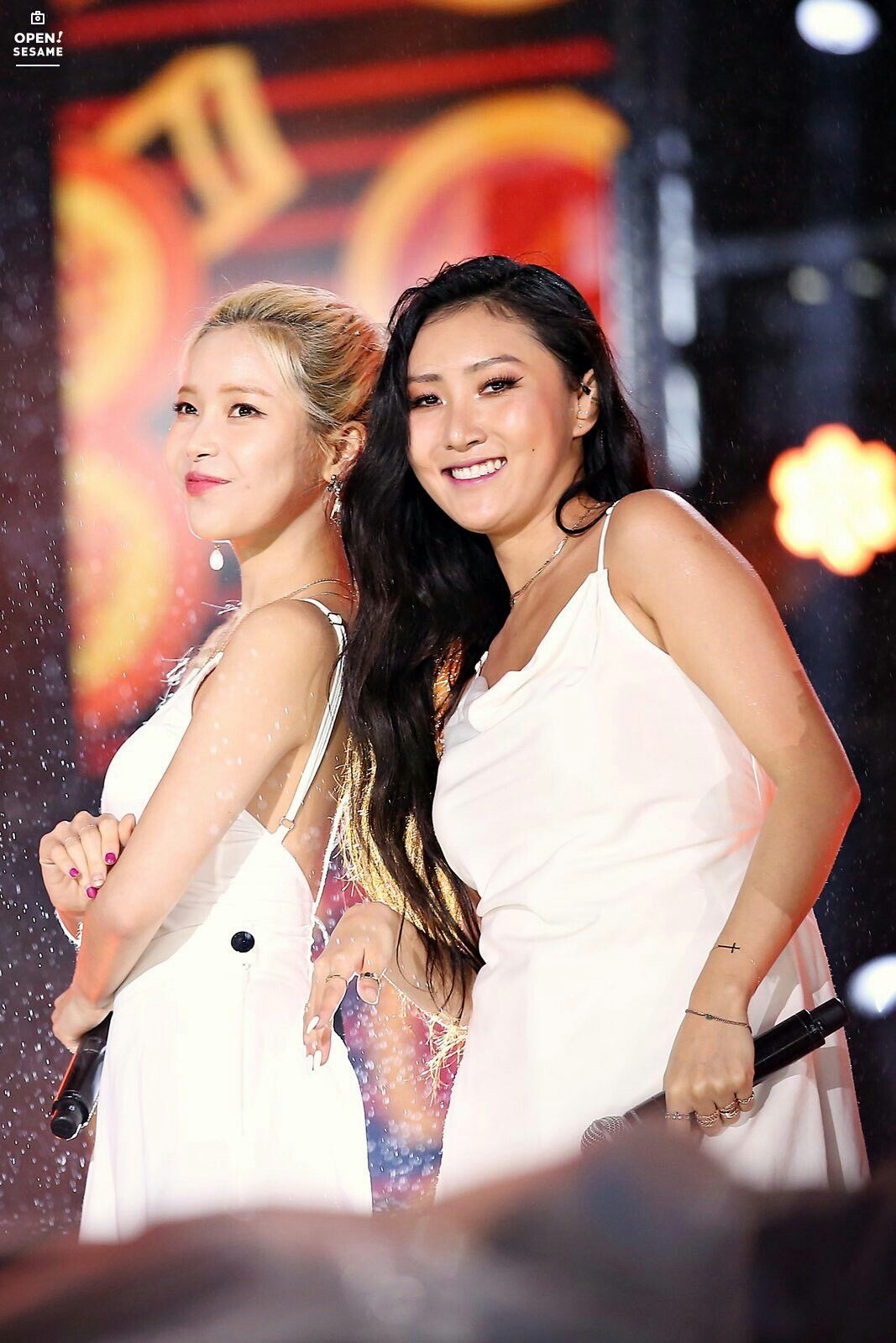 Pin by Wiktoria on MMMOO SolSa Mamamoo, Hwasa, Wonder
