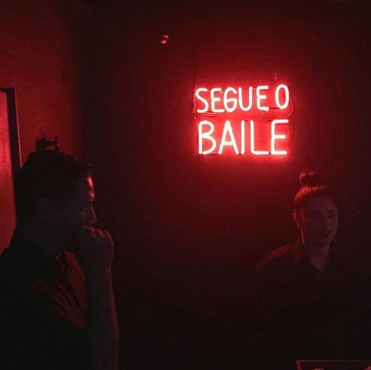 Segue O Baile So Vai Com Imagens Frases Pichadas Frases