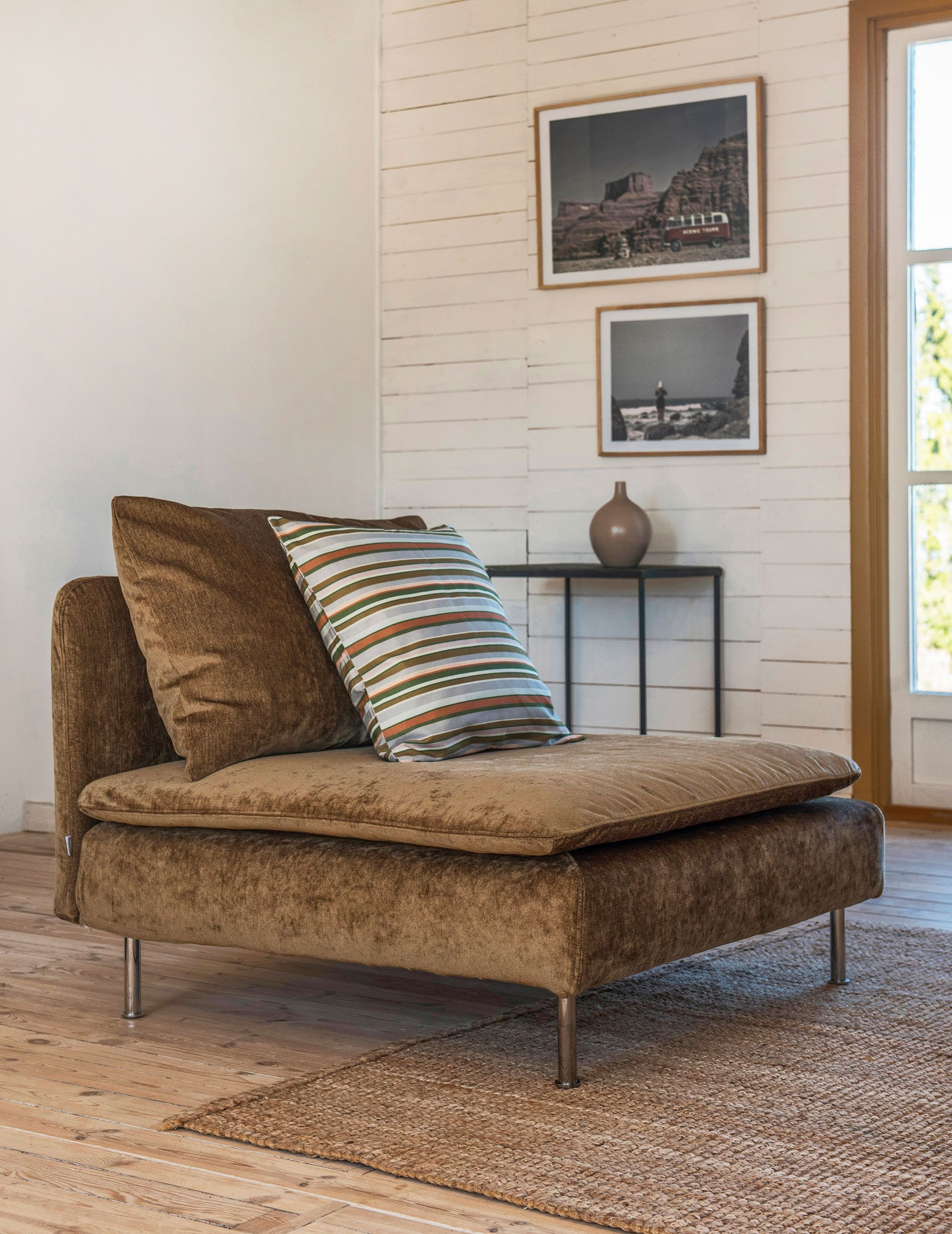 loving this retro inspired acorn velvet armchair | IKEA ...
