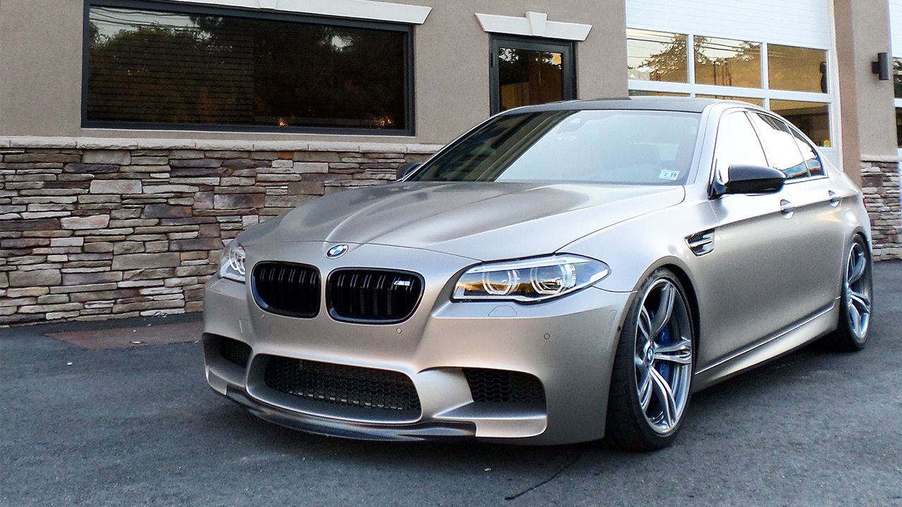 Bmw M5 Frozen Cashmere Silver Bmw Classic Cars Bmw Cars