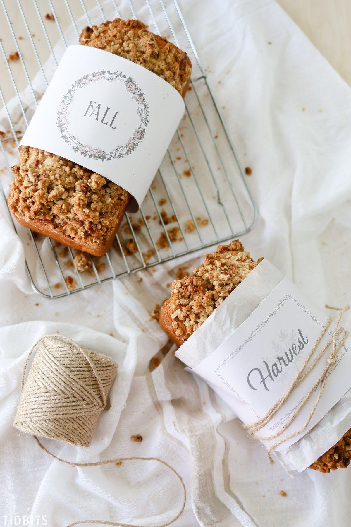 Thanksgiving Table Gift Ideas Autumn Baked Goods