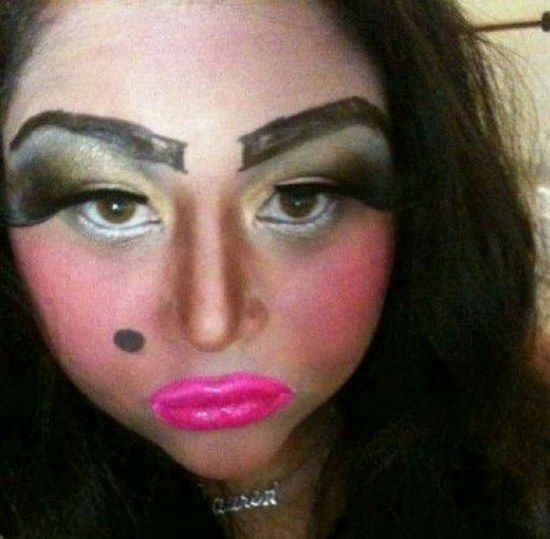 5009dbe94cccd57cb898ee3f1d9e32d9 worst makeup fails of all time is this real life? oooooh