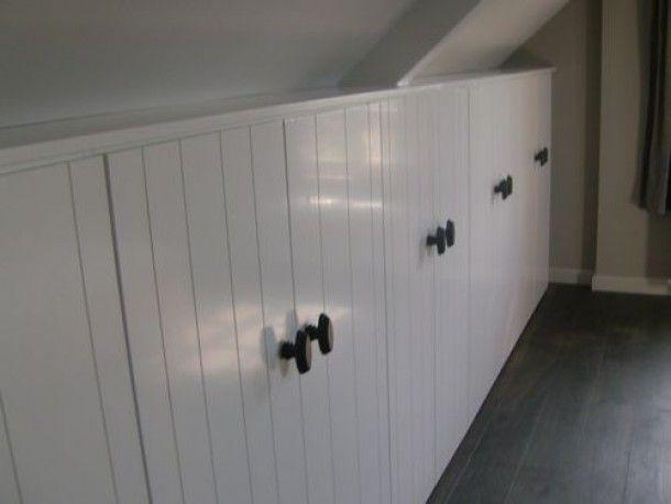 zolderkamer slaapkamer | mooie inbouw kasten Door esti | Attic ...