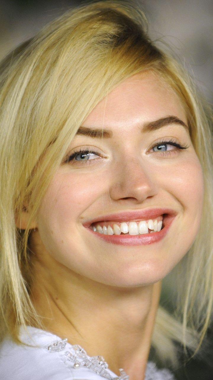 Download 720x1280 wallpaper Imogen Poots, pretty, smile