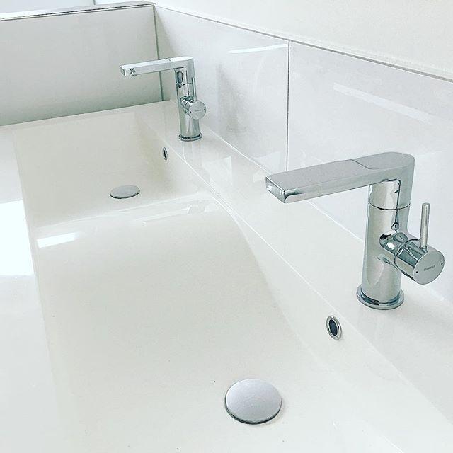 die besten 25 hansa wasserhahn ideen auf pinterest fallendes wasser haus armatur badewanne. Black Bedroom Furniture Sets. Home Design Ideas