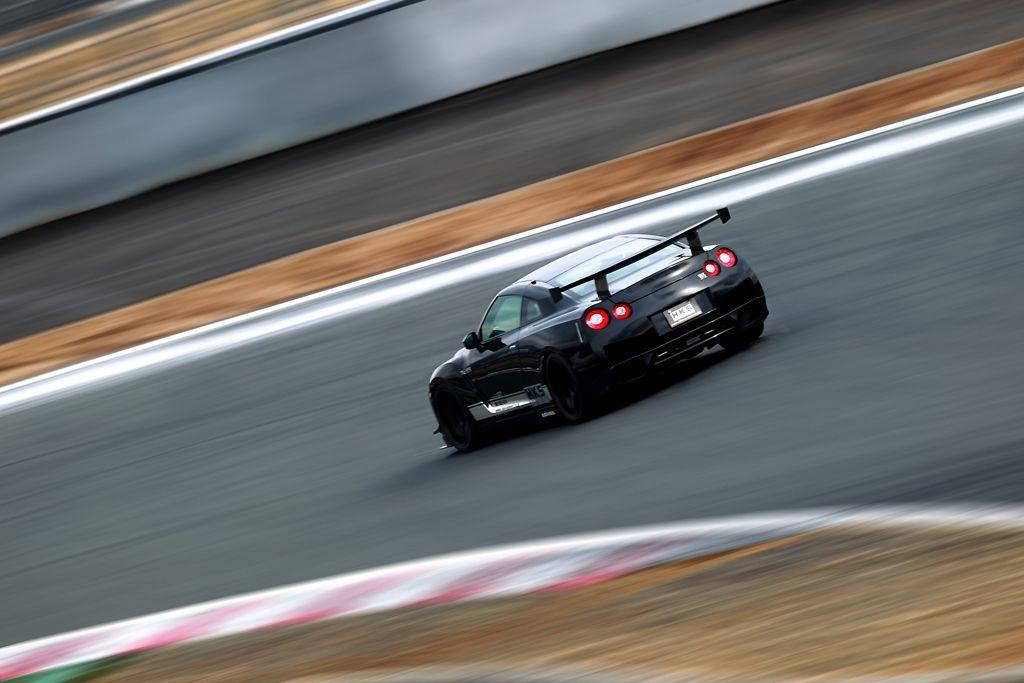 HKS Powers Lab Rat, R around Fuji it the beefy R35 GT-R..