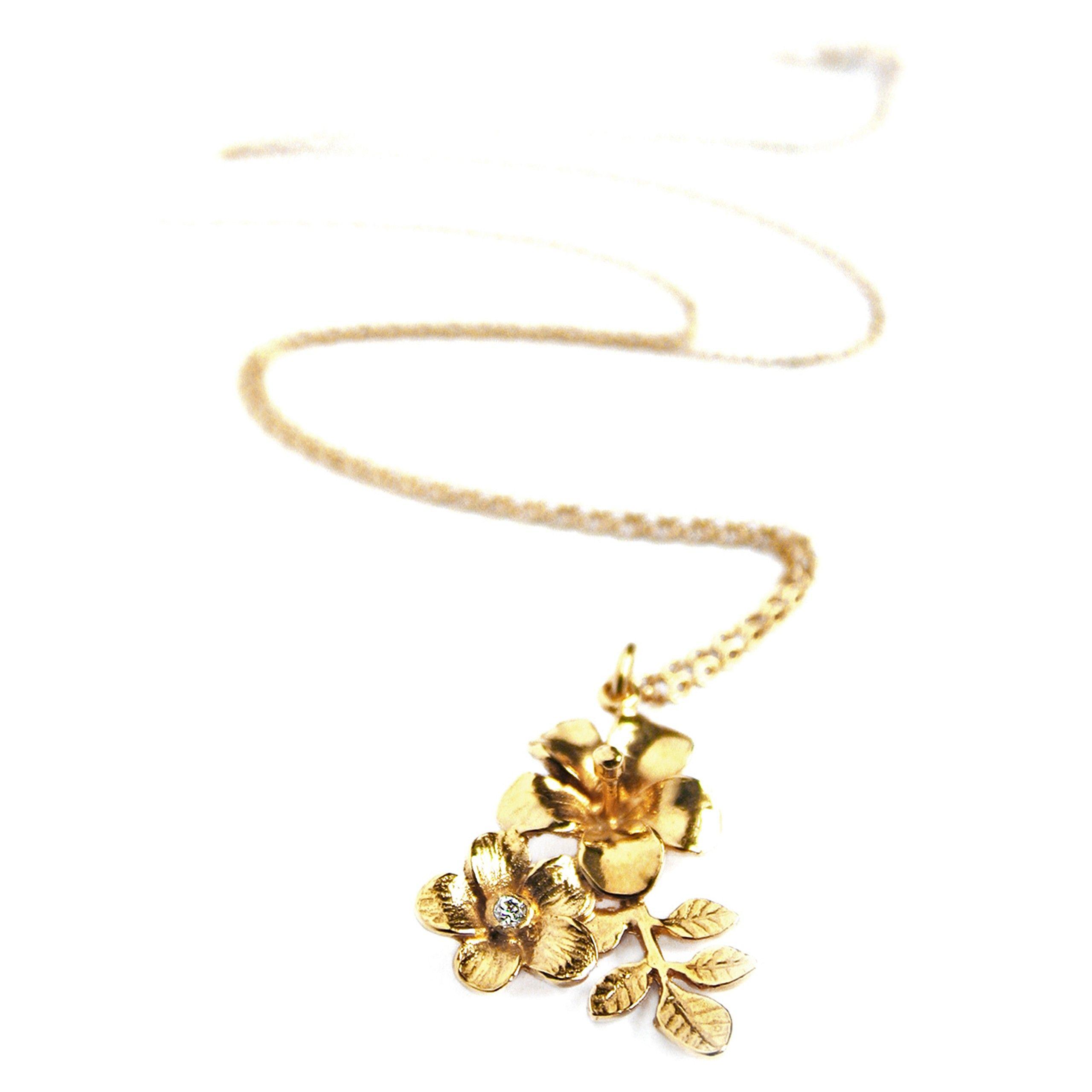 Vintage Style Flower & Leaf Pendant Set With Diamond All