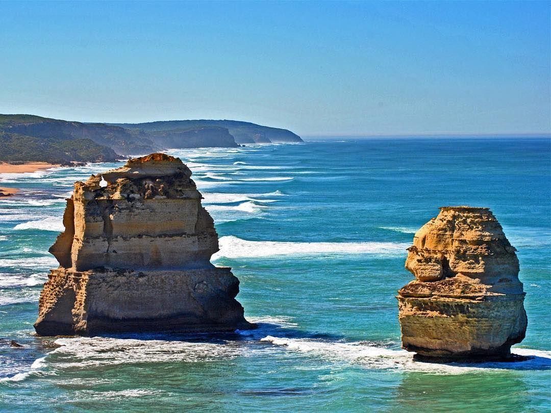 """Die """"Great Ocean Road"""" gehört wohl zu den beliebtesten Routen bei einer Campertour durch Australien. Kein Wunder bei solchen Ausblicken! #australien #GOR #greatoceanroad #12apostles #camper #camping #melbourne #victoria #downunder #travel #travelling #instatravel #instagood #fun #love #sonne #sommer #campervan #sea #exploreaustralia by mietcamperaustralien http://ift.tt/1ijk11S"""