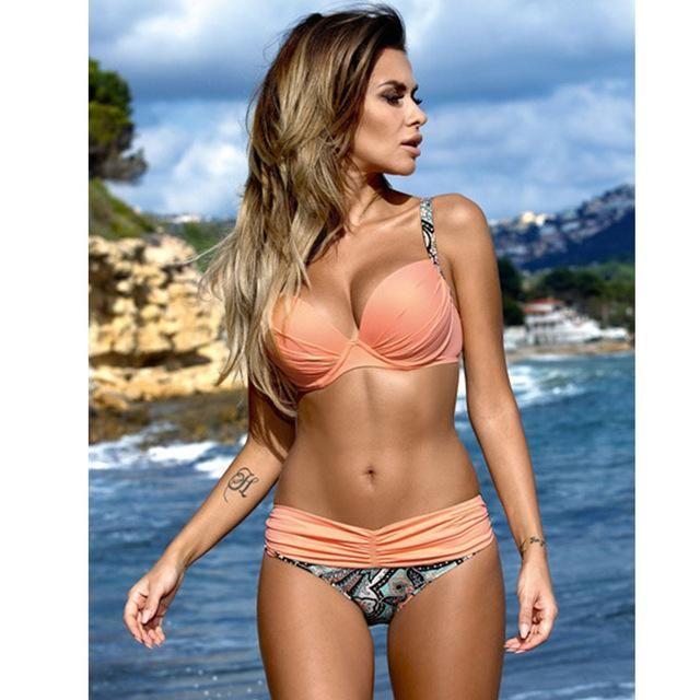 18d3b175acc NAKIAEOI Sexy Bikinis Women Swimsuit 2017 Summer Low Waisted Bathing Suits  Halter Top Push Up Bikini Set Plus Size Swimwear XXL