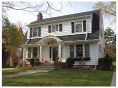 Dutch Colonial I Ve Gone And Fallen In Love With A Huge Fixer Upper