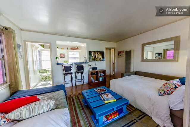 Cozy Venice Beach Surf Pad On Canal In Los Angeles Apartments For Rent Venice Beach Cozy