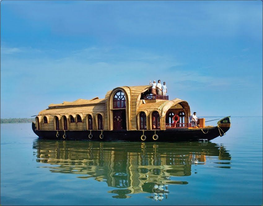 1 Day Honeymoon Package - Only - 7000/ -   Cost Includes  - Deluxe A/C Houseboat, Wedding Cakes, Welcome Drinks, Lunch, Eevining Tea With S...