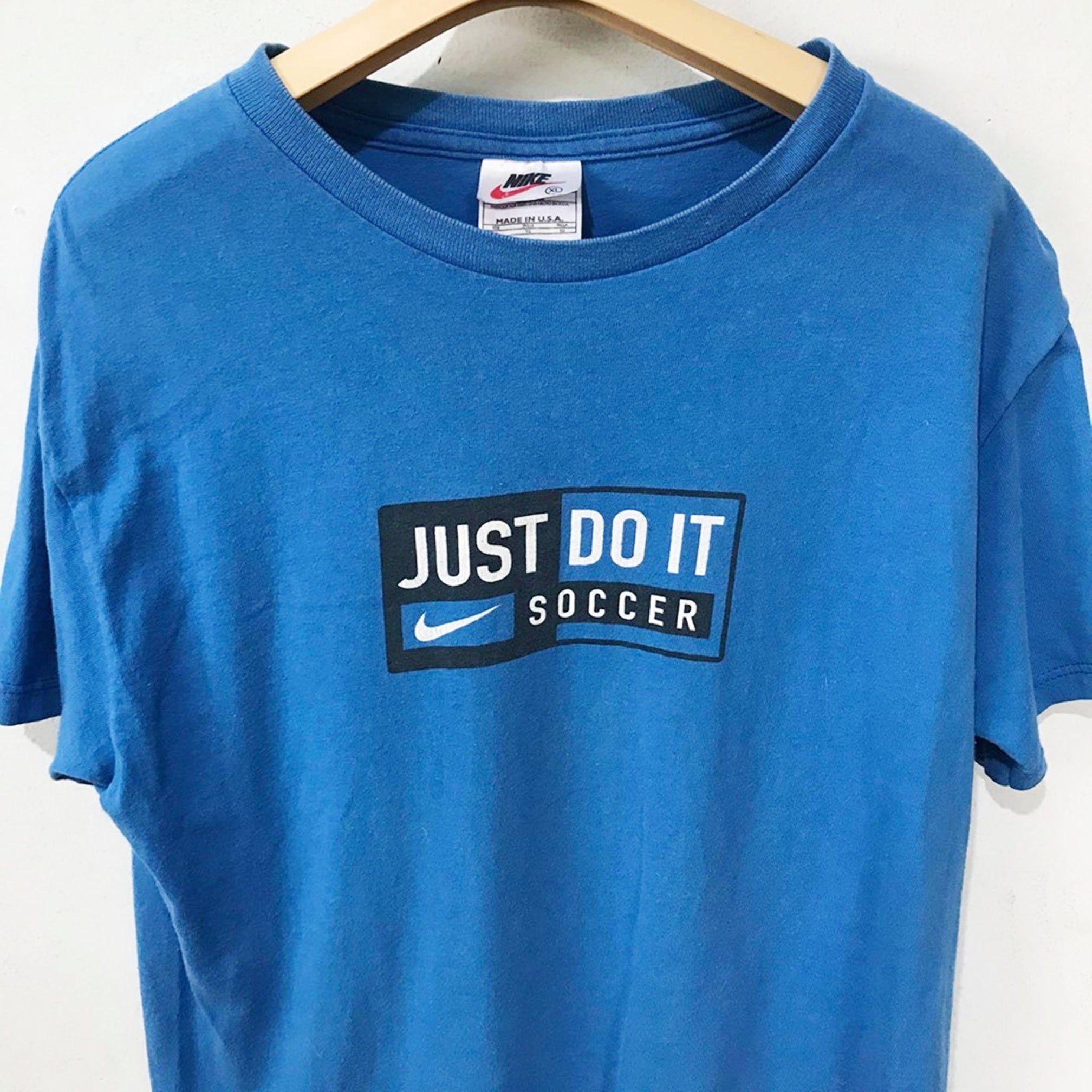 Vintage Nike T Shirt Size L Free Shipping Nike Just Do It Nike Soccer Logo Shirt Vintage Vintageclothing 90s Tshirt Logo Shirts Vintage Shirts Nike Tshirt
