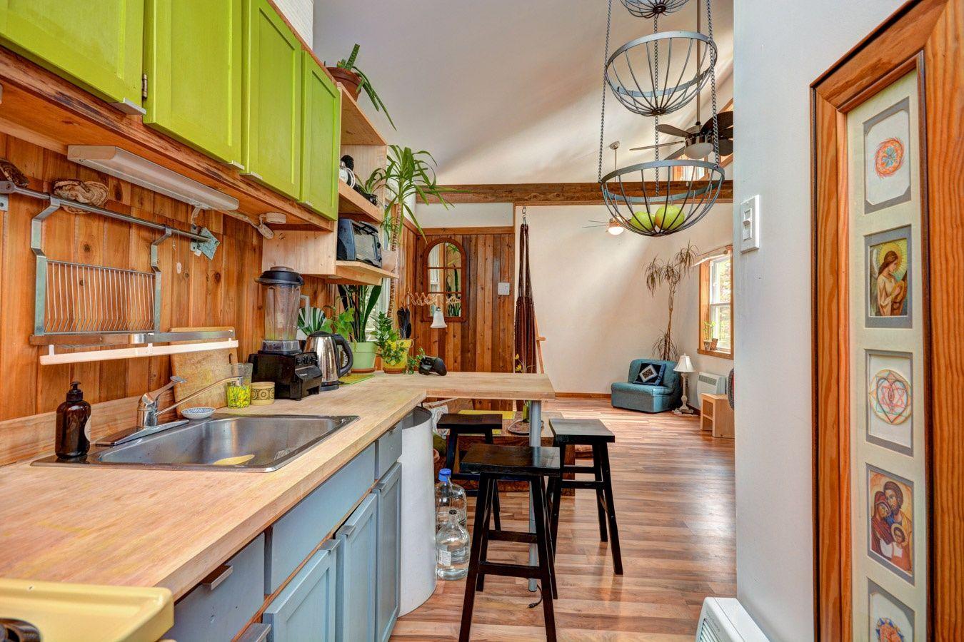 Une Chaleureuse Mini Maison Entierement Renovee A Val David Lili S