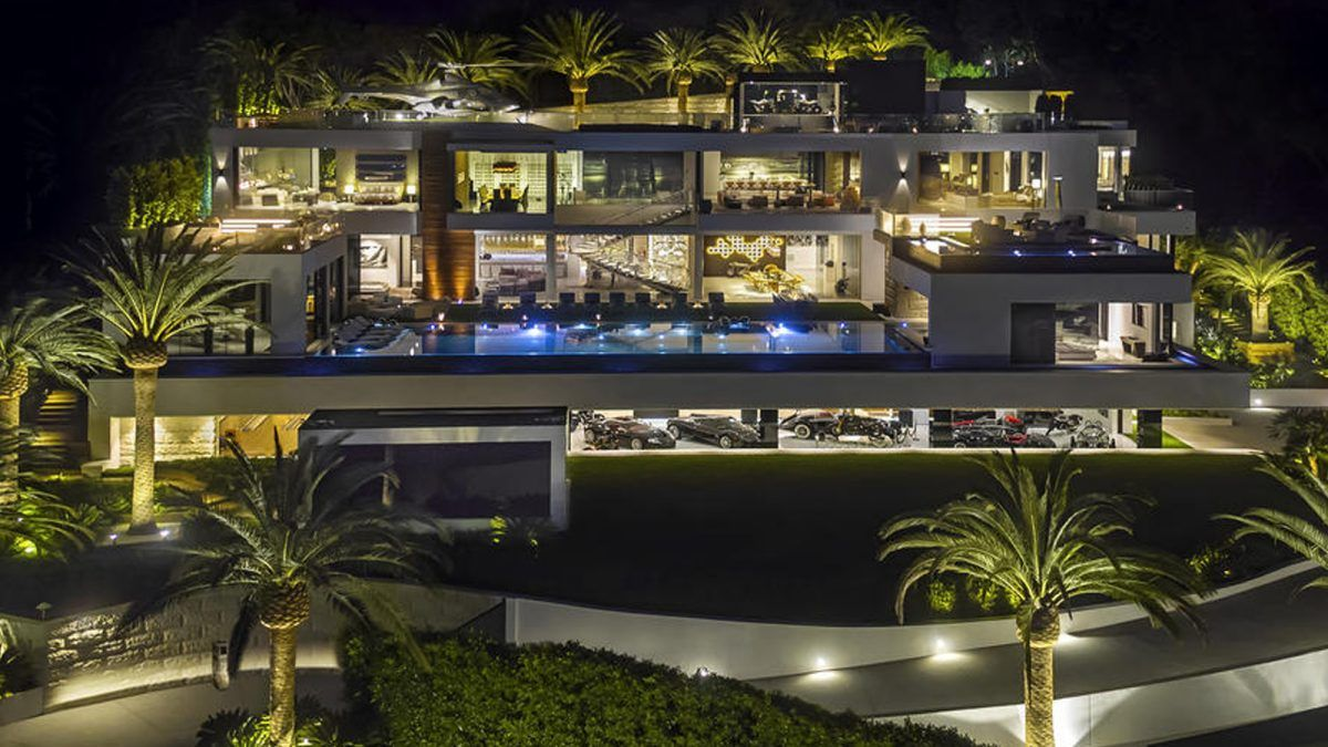 Inside A 250 Million Mansion The Most Expensive Home Ever Listed In America Houses In America Bel Air Mansion Expensive Houses