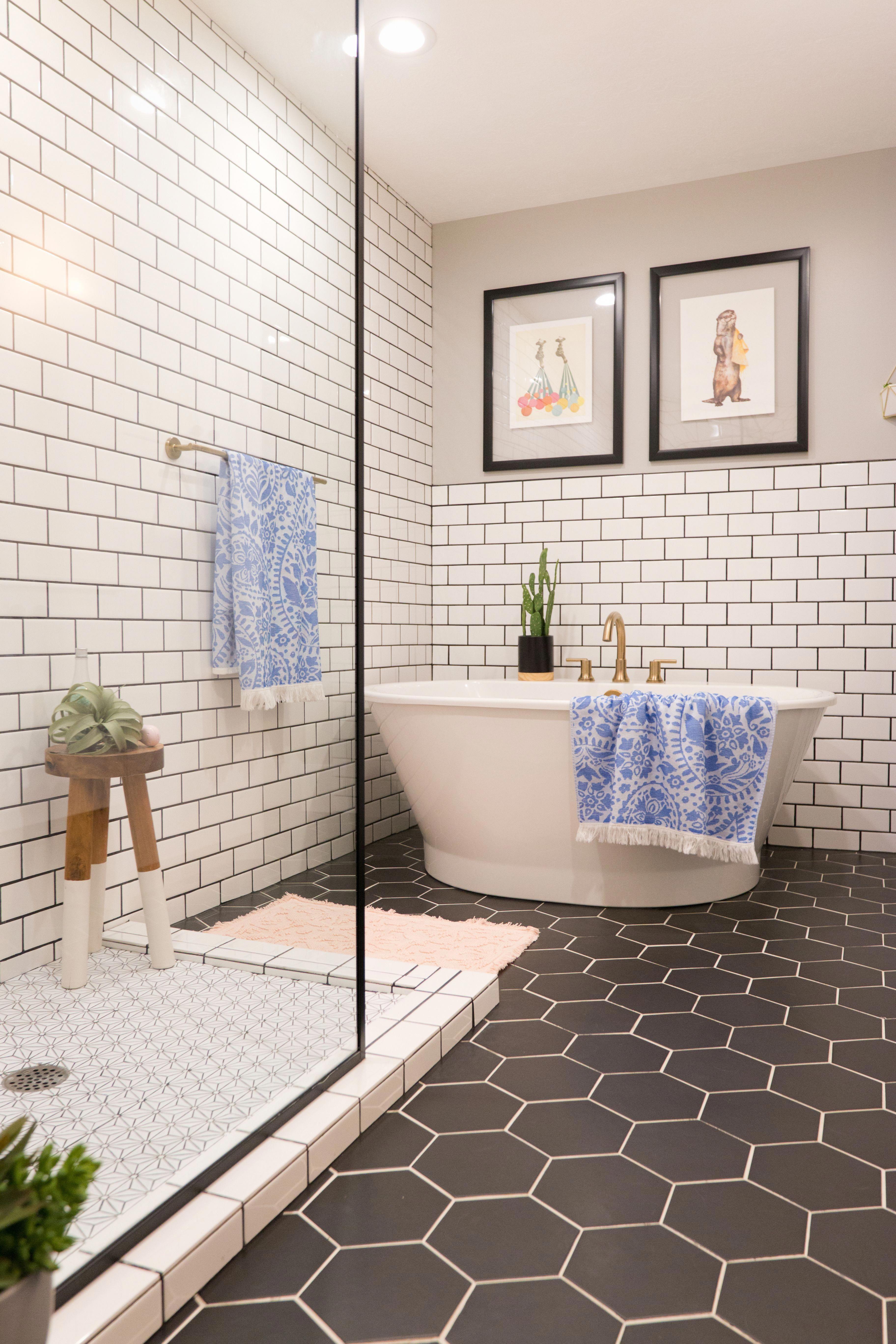 Midcentury Bathroom Black Hexagon Tile Subway Tile Bath Bathroomshowermarble In 2020 White Bathroom Tiles Bathroom Tile Renovation Hexagon Tile Bathroom