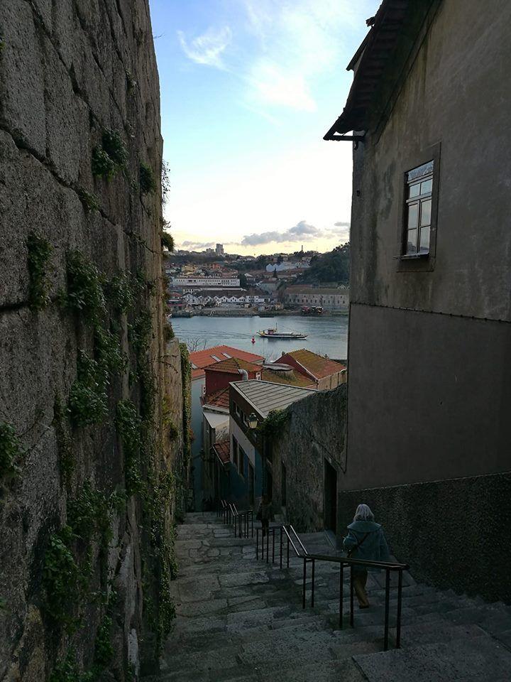 Escadarias no Porto.