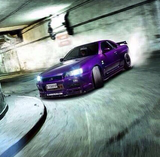 i love the skyline but i hate the color but never the less i love it when an R34 is drifting around corners