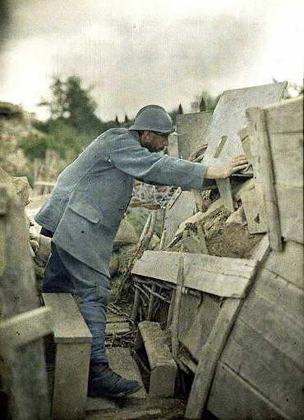 autochrome-1916-soldats-dans-les-tranchees-ifantrymen-soldier-in-trench