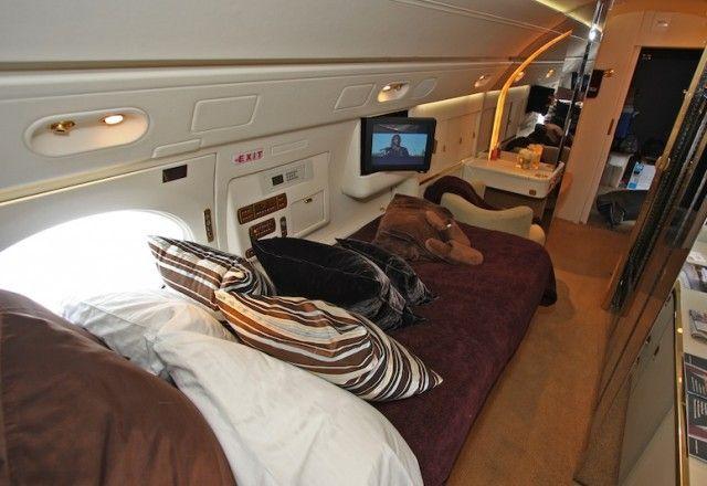 Gulfstream V Interior Bed Cabin Private Flights