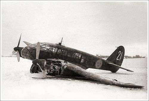 A Swedish Air Force's Caproni Ca.313 landed in emergency because in flight fire to left engine.