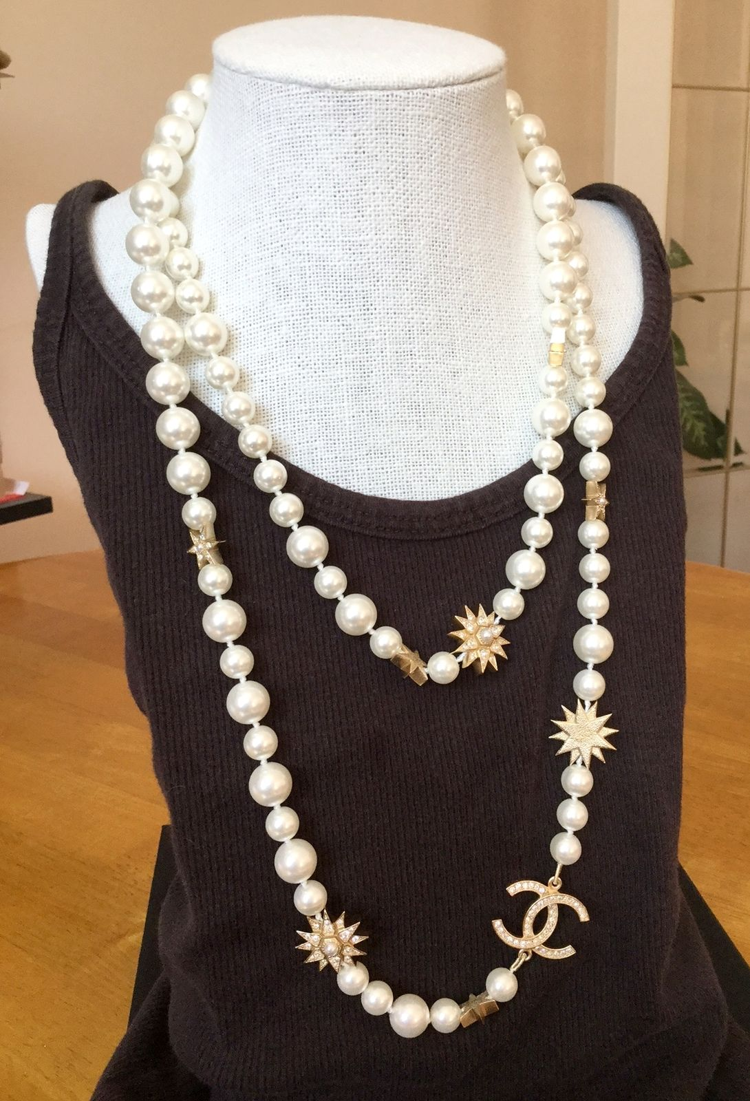 b0b791b1cc28 GORGEOUS NEW #CHANEL Salzburg Star Pearl Crystal Necklace Runway CC Gold  Chain