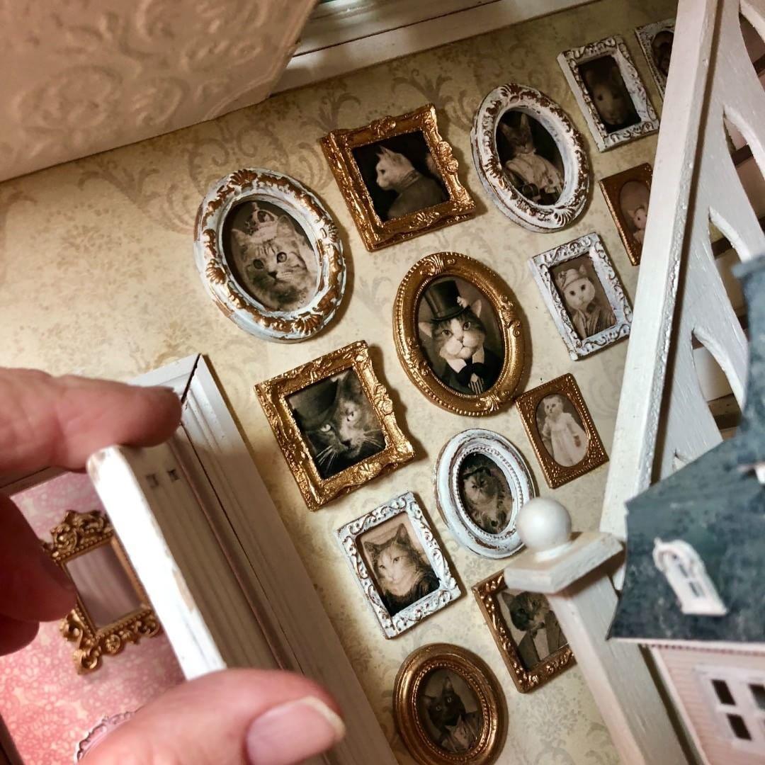 Family Photos. #dollhouse #dollhouseminiatures #miniatures