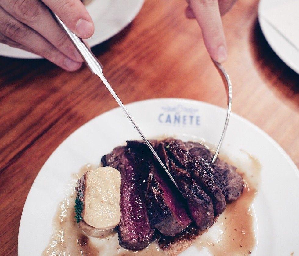 Bar Cañete — Barra y Mantel