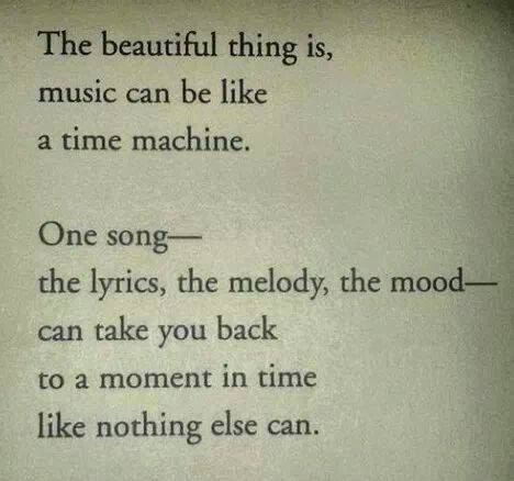 Musik ist wie eine Zeitmaschine… Kommen Sie mit A Cabbello zur Musik von Queen zurück #musicsongs