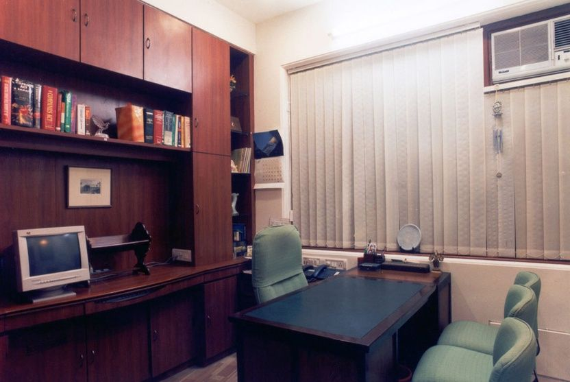 large cabin in the law firm office with blinds design by bindu