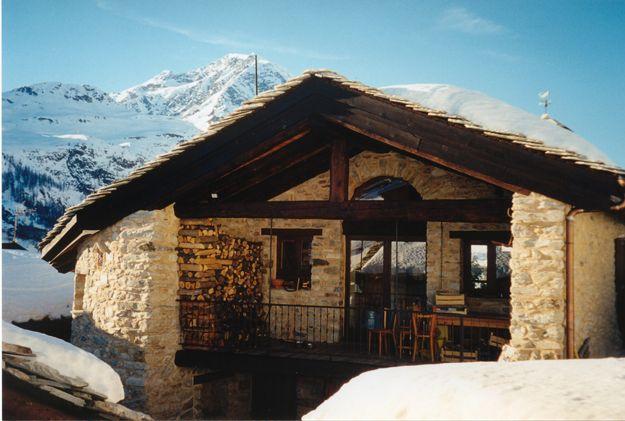 Pin di Monica Landini su Casa montagna esterni Chalet
