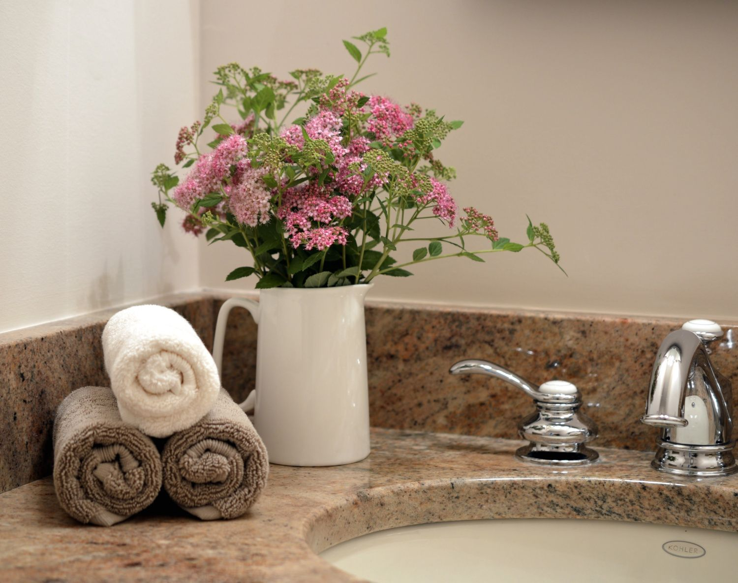 Bathroom Staging Staging Ideas For The Home You Are Selling Home Staging