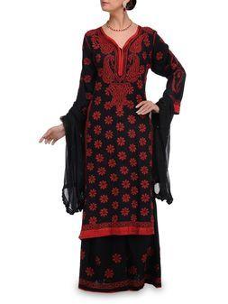 Designerwear by Ramuzco.Shop on www.jivaana.com for all your Indian weddings and festivals.  #jivaana
