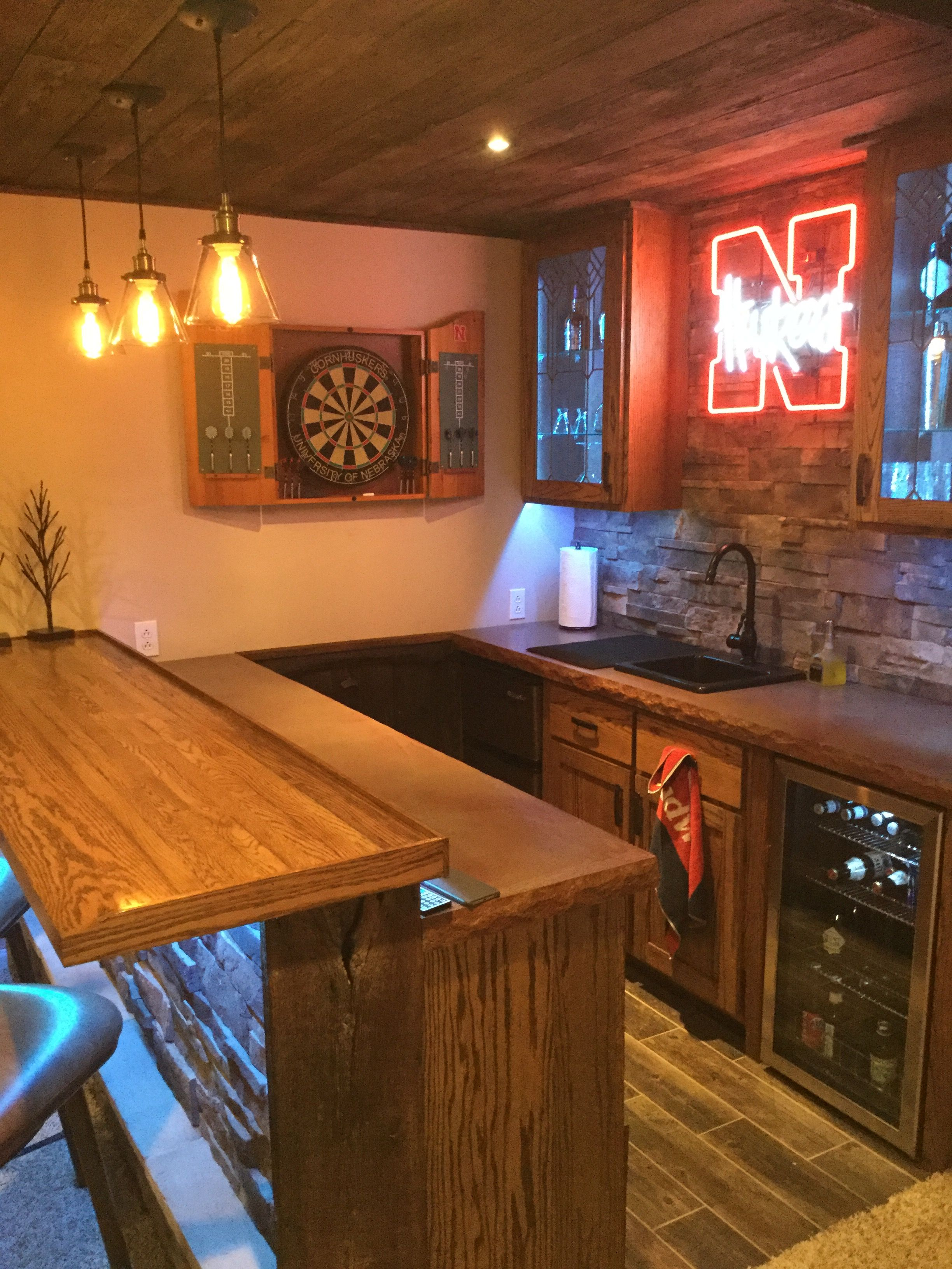 Charmant House Bar, Fun House, Basement Bars, Pool Table, Bar Ideas, Basements,  Sheds, Men Cave, Desserts