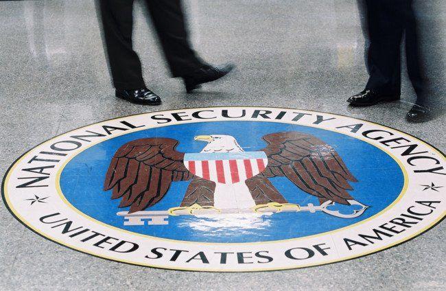Y el responsable del hackeo a la NSA fue... la misma NSA según Reuters https://t.co/Y3HvFpi3Z3 https://t.co/wMOvXLsMRS #CPMX8