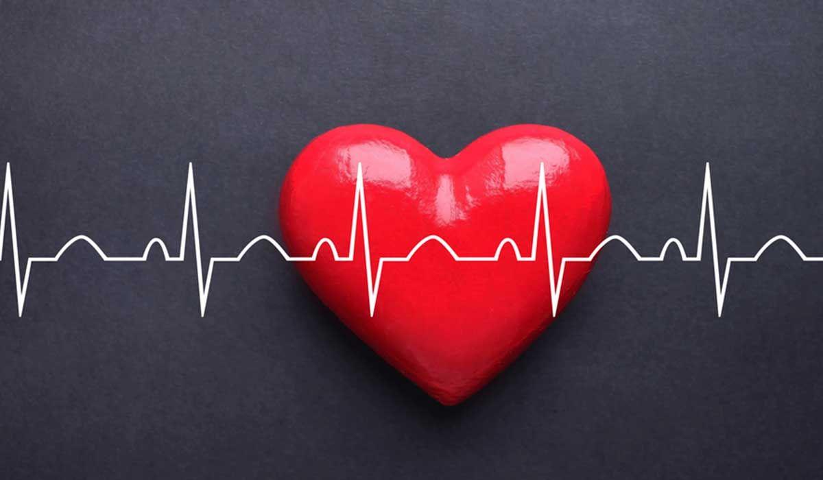 ما أسباب زيادة دقات القلب Enamel Pins Pin