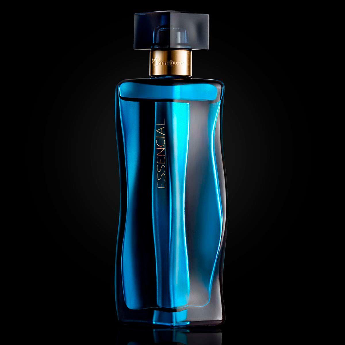 b6e28f5d2 Essencial Oud Feminino A fragrância é o primeiro perfume amadeirado intenso  da perfumaria feminina Natura e convida a uma viagem ao Oriente e suas  riquezas ...