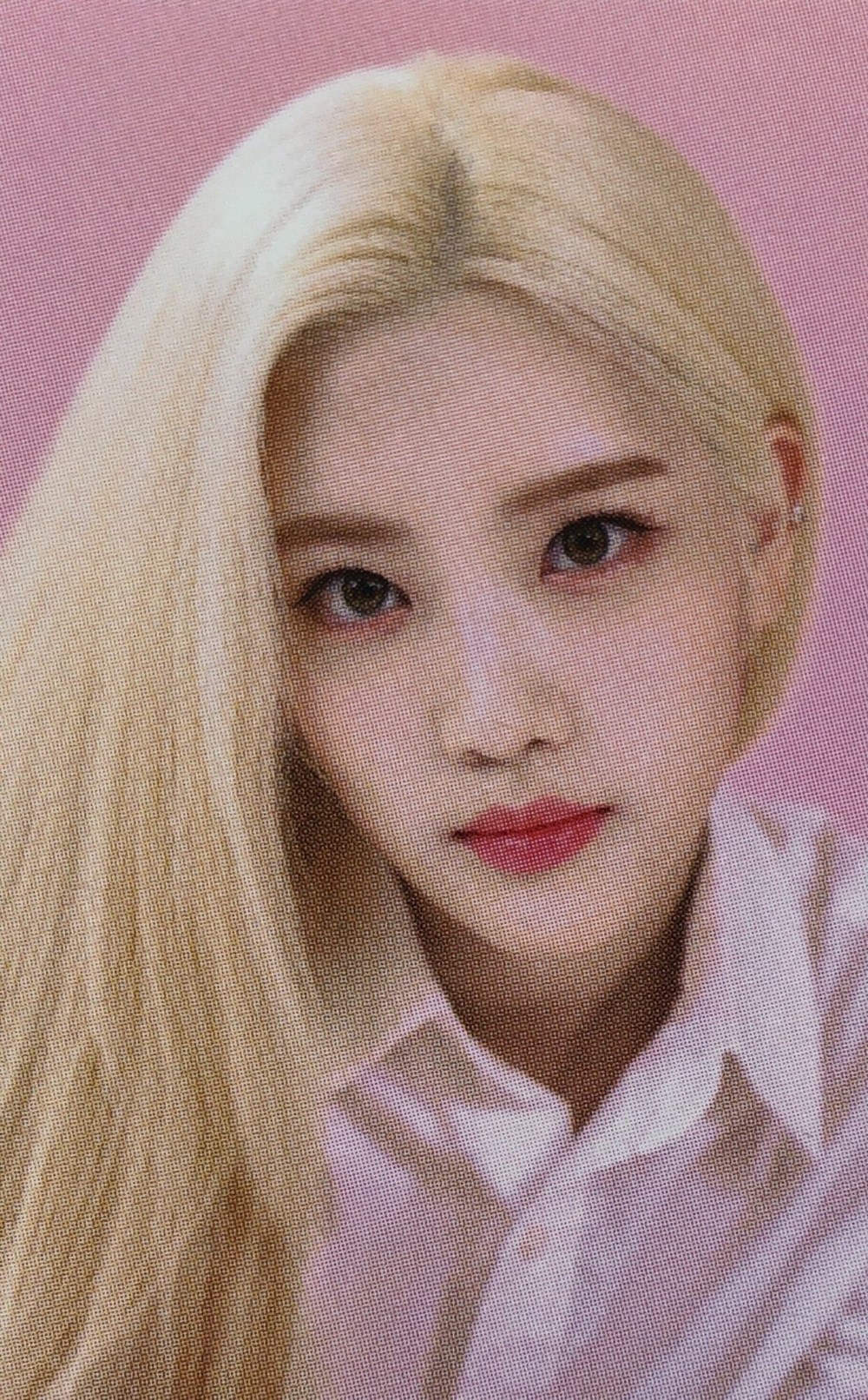 loona updates ☾ on Twitter