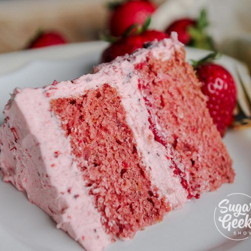 Fresh strawberry cake made with real strawberries (no Jell-O)