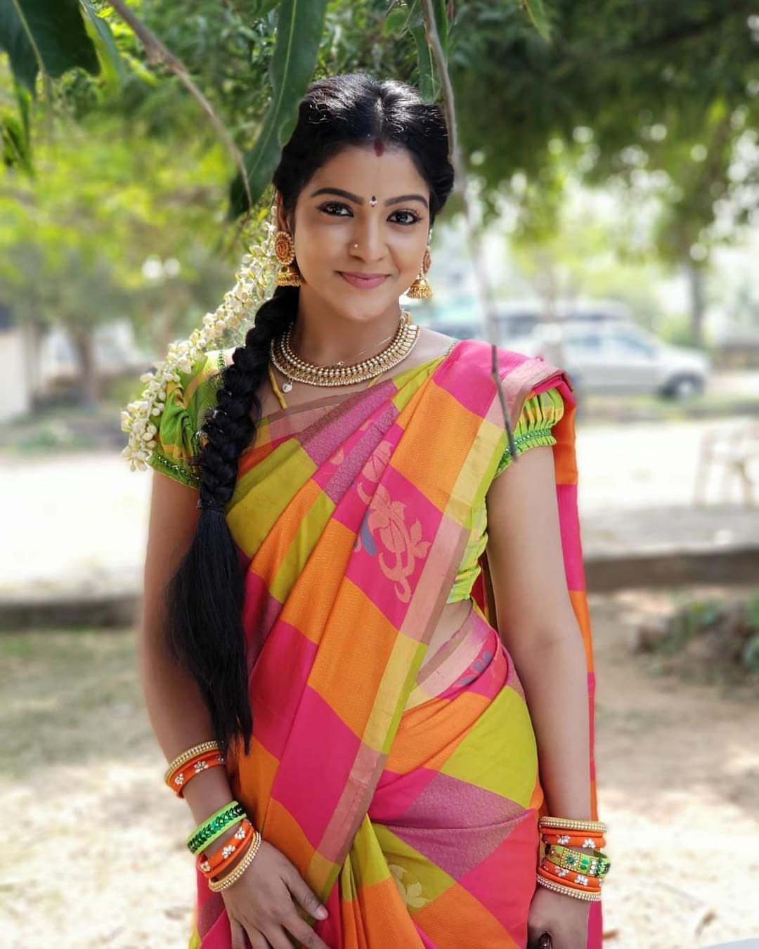 Srithika TV Serial ActressAnchorsNews Readers In 2019 Saree
