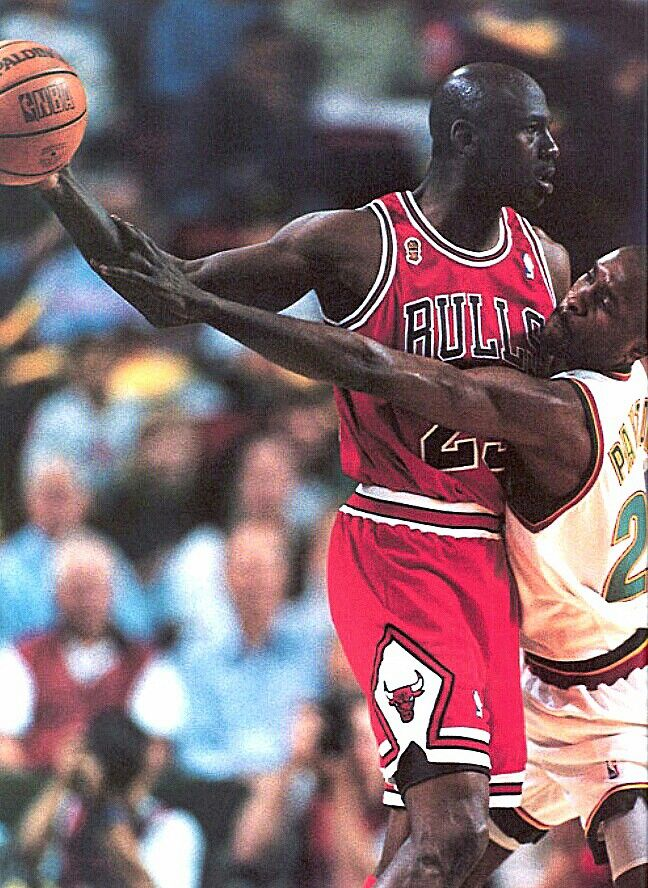 Jordan vs Gary Payton(The Glove) Seattle SuperSonics (With images ...