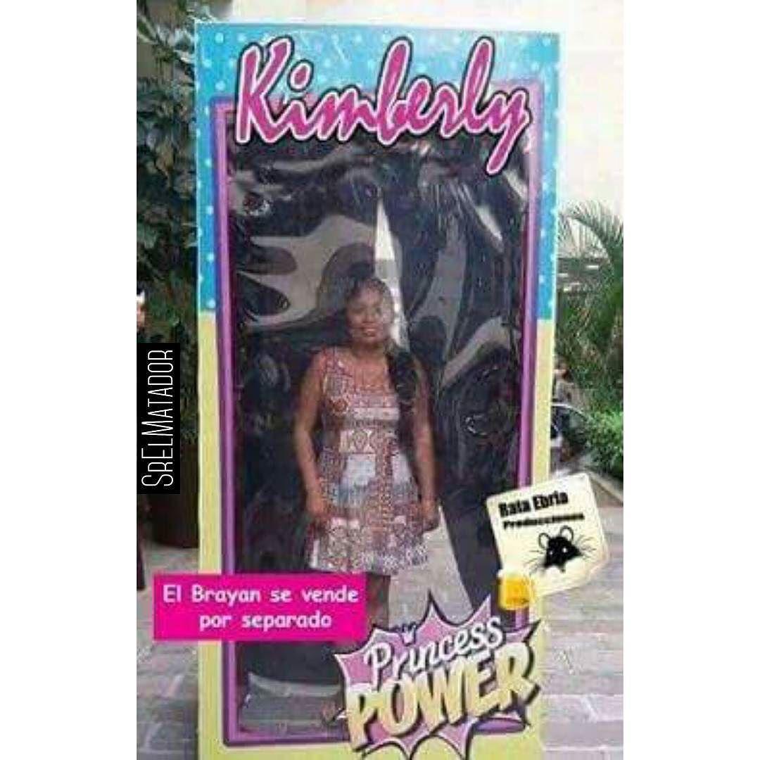 Atentos ahí que vienen por separado. ____ #Barbie #ElBrayan #LaKimberly #Ken #SrElMatador #ElSalvador #SV #SoloEnElSalvador #MiércolesGabán #Extendido #SrElMatador http://www.srelmatador.com #Foto