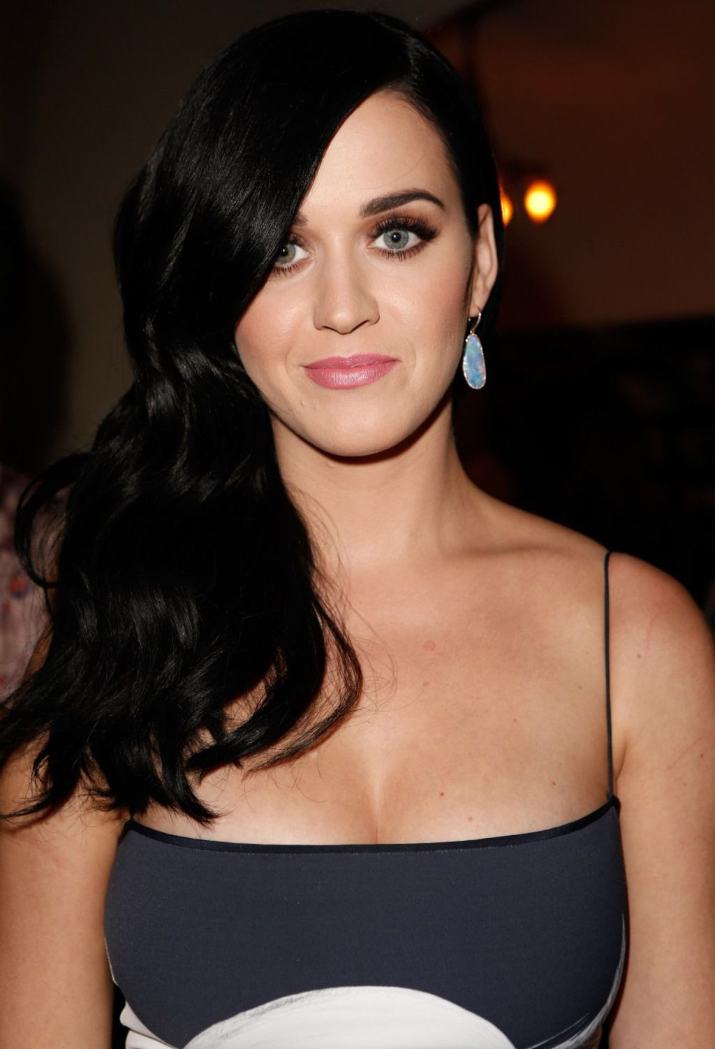 perry cleavage Katy